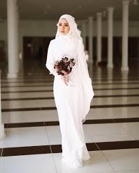 wedding dress batik 3 884 likes 102 comments pastelina batik 25 nov minimalace