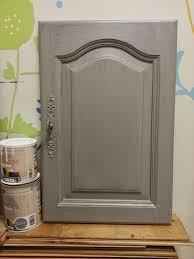 peindre porte cuisine peinture porte et encadrement 5 peinture sur meuble repeindre