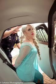 Elsa Frozen Meme - south carolina police arrest elsa the snow queen solve cold