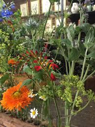 studio visit jamjar flowers in london gardenista