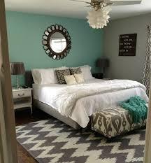 d馗o chambre bleu canard peinture murale idee deco chambre bleu canard et un mur en gris