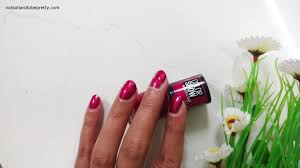 maybelline colorshow big apple red nail polish juicy red r4