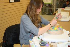 Cake Decorating Classes Slugs Snails And Puppy Dog Tails Basic Cake Decorating Class At