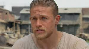 how to get thecharlie hunnam haircut charlie hunnam king arthur legend of the sword youtube
