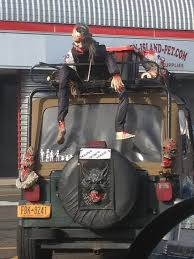 zombie hunter jeep 10 best zombies images on pinterest zombies zombie