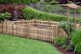 Simple Garden Fence Ideas Wooden Garden Fence Daenin News Guide To Business And