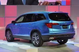suv honda pilot 2016 honda pilot is changed a lot and we like it