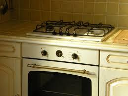 cuisine couleur vanille cuisine photo 5 10 four et plaque couleur vanille pour s