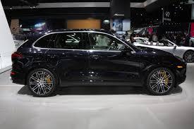 Porsche Cayenne Suv - german 2016 porsche cayenne turbo s is the suv that crashed the