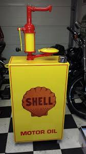 deco pompe a essence vintage self made oil lubester pumps pinterest oil gas pumps