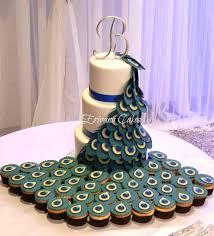 theme wedding cake peacock themed wedding cake this is a peacock wedding cake that