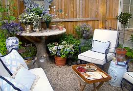 Garden Ideas For Small Spaces One Kings Lane Gardening Ideas Small Space Gardens Img 02 Llh Slideshow H409