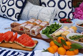 how to create a pretty picnic party jane can