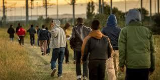 bureau de l immigration a calais les associations réclament un bureau de l immigration pas