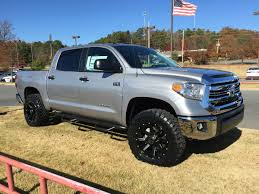 toyota tundra lifted 2016 toyota tundra crewmax lifted