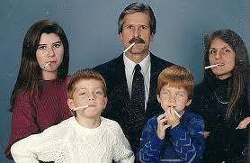 25 awkward family portraits that went hilariously wrong