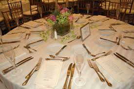 How To Set A Table 39 Wedding Table Set Up Wedding Table Set Up Flowers Beach