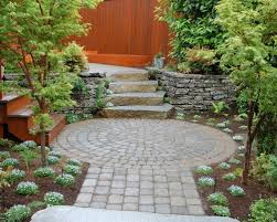15 innovative designs for courtyard gardens hgtv chic courtyard landscaping best circular landscapes design ideas