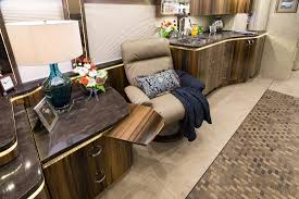 Prevost Floor Plans by 2017 Prevost Marathon H3 45quad Slide 1252