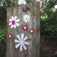 Hot Pink & White Embellished Metal Wall Flowers Metal Yard Art