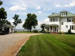 gatsby s house description the federal city of irresistible temptations
