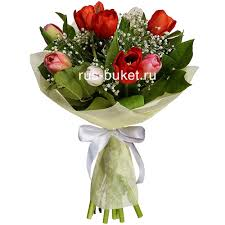 flowers international buy a bouquet of flowers international women s day in moscow russia