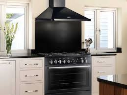 cuisine avec piano de cuisson les pianos ces objets déco avec lesquels on cuisine