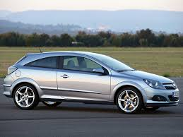 opel astra 2005 tuning opel astra gtc photos photogallery with 75 pics carsbase com