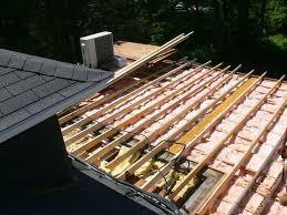 Roof Framing Pictures by Framing A Flat Roof With Slight Pitch In Preparation For Roofing