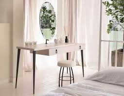 White Vanity Set For Bedroom Best 25 Modern Vanity Table Ideas On Pinterest Modern Makeup