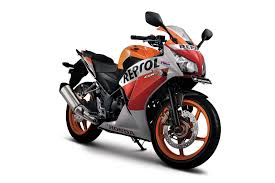 cbr bike on road price honda slashes new cbr250r prices after r25 in indonesia