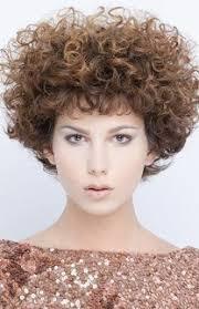 Frisuren Mittellange Haar Dauerwelle by Dauerwelle Bei Kurzen Haaren Style Ideen Erdbeerlounge De