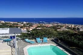 chambre hote bastia villa patrizia à bastia en corse balcon vue sur mer avec pisicne