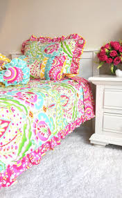 White Comforters Bed Bath And Beyond Top 25 Best Pink Comforter Ideas On Pinterest Dusty Pink