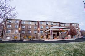 Country Comfort Hotel Belmont Hotels Near Blythefield Country Club Golf Course 5801
