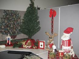 cubicle decorating kits christmas christmas decorating ideas for the office hominic