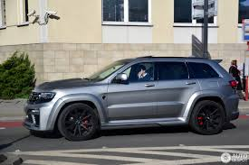 jeep grand cherokee srt wheels jeep grand cherokee srt 8 tyrannos 14 october 2016 autogespot