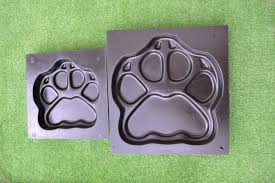 Stepping Stone Molds Uk by Mold For Concrete Diy Garden Path Paving Maker Beast U0027s Paws Dog