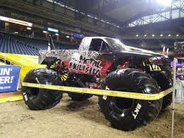 monster truck jam ford field monster jam ford field jan 2017 wheels water and engines