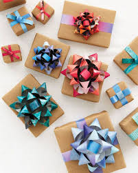 bow wrapping paper 19 wrapping paper christmas crafts