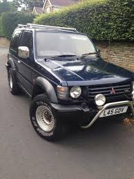 mitsubishi pajero 3 0 v6 5 speed manual 4x4 jeep in bradford