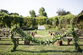 outdoor wedding venues oregon oregon garden resort venue silverton or weddingwire