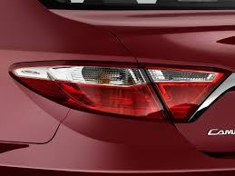 2015 toyota camry tail light image 2016 toyota camry hybrid 4 door sedan se gs tail light