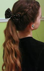 14 curly prom hairstyles