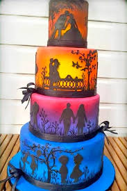 unique wedding cakes best 25 cool wedding cakes ideas on batman grooms