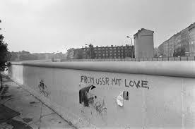 second berlin berlin wall ultramarathon commemorates lives lost ny daily news