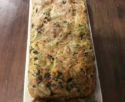 cuisiner les blettes marmiton cake aux feuilles de blettes recette de cake aux feuilles de