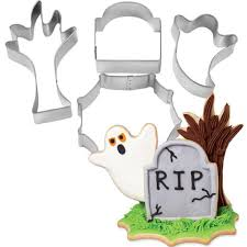 3d halloween cookie cutter set wilton