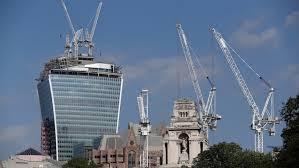 london glass building london s walkie talkie skyscraper blamed for melting cars