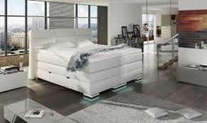 Schlafzimmer Bett Mit Led Roma Boxspring Bett Mit Bettkasten Schneeweiss Boxspringbetten